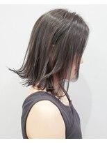 エイム ヘアメイク 横川店(eim HAIR MAKE)グレイアッシュがカッコいい☆シャープな切りっぱボブ