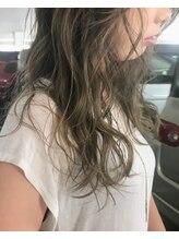 オアズヘアービィグラッド(Ore'S HAIR BE GLaD)グラデーションカラー/バレイヤージュ/アッシュグレージュ