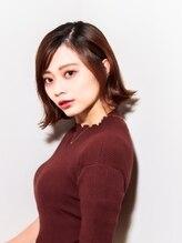 ムーン(moon)前髪/イヤリングカラー/イメチェン/ラベンダーカラー/くびれ