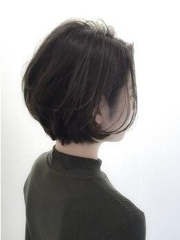 アーテル(ater)の写真/ダメージレスオイルカラー《iNOA》取扱いサロン☆地肌・髪にも優しく繰返しの白髪染めでも上品な印象が叶う