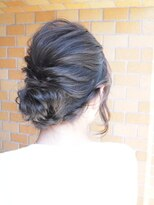 ノエル ヘアー アトリエ(Noele hair atelier)Ashグレーシニヨンアレンジヘア