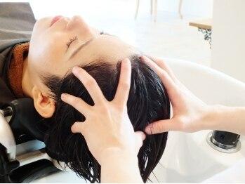 ディフィー 梅田(Defi)の写真/最新のマッサージ技術と保湿効果で頭皮が驚くほど柔らかくほぐれる『EraLヘッドスパ』西梅田で初導入★