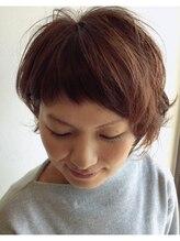 クブヘアー(kubu hair)《Kubuhair》美シルエット耳かけショート