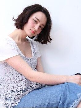 モールヘア 武庫之荘店(MOOL hair)の写真/【カット+カラー+ベーストリートメント¥6480】若々しく綺麗でいたい女性に!白髪を活かした明るめカラー♪