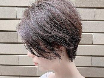 アフロディーテ ギンザ 秋葉原店(APHRODITE GINZA)の写真/[白髪を活かした明るい白髪染め]白髪を消すのではなく最新カラーで自然にぼかして立体感UP♪【秋葉原】