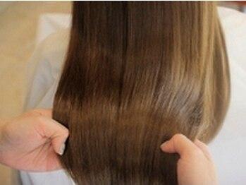 ロマーノ(ROMANO)の写真/紫外線や乾燥で傷んだ髪も指通りなめらかなまとまりやすい髪に!本質的な髪質改善で髪本来の美しさを…