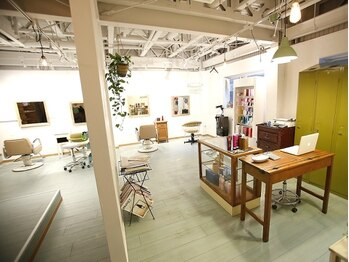 フー (feu)の写真/技術/サービス/空間すべてでお客様をおもてなし。洗練された上質空間で、納得のいく仕上がりのデザインを◎