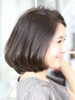 イング(ING)の写真/【元町駅徒歩30秒】髪の印象が変わるだけで若々しい雰囲気に!地肌と髪に優しい薬剤なのも人気の秘密☆