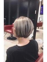 ルームヘアープレイグラウンド(RooM Hair Playground)ホワイト