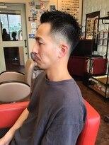 スキンフェード 短髪ボウズ