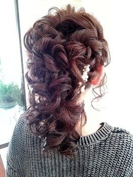 ウーマン(WOMAN)の写真/【早朝予約OK】特別な日のヘアセットは、プロの技術で華やかに可愛く☆崩れないから一日中ストレスフリー♪