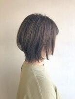 ラトリエコンタン(L´atelier Content)くせ毛をいかしたレイヤーボブ
