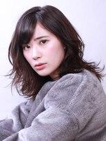 ブラン(Blanc)☆大人女性オススメスタイル☆ゆれふわミディー×ブルーアッシュ