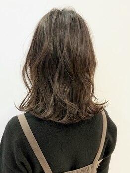 ヘアー ドレッサー パワードール(Hair Dresser)の写真/毛髪科学のスペシャリストだから実現するダメージレスカラーが◎どんなカラーも抜群の質感とデザインに♪