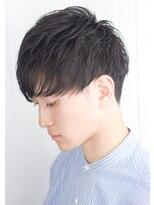 スーツ短髪ツーブロック束感モテる黒髪シークレットパーマ流行