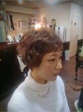 ストロボヘアー(Stro Bo hair)ショートパーマ