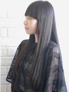 ラル ヘアデザイン(ral hair design)の写真/リペアナノ炭酸トリートメントで簡単ヘアケア♪薬剤のダメージを最大限抑え、色モチ・発色・艶感UP◎