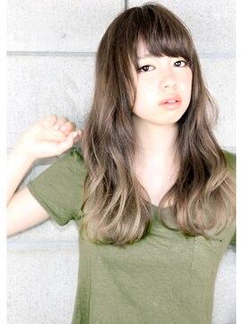 ヘアサロン ガリカ 表参道(hair salon Gallica)『グレージュグラデ & 毛束感』外国人風小顔ひし形シルエット♪