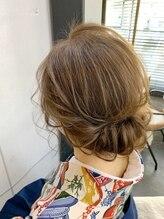 ヘアセットアンドメイクアップ シュシュ(Hair set&Make up chouchou)ギブソンタック