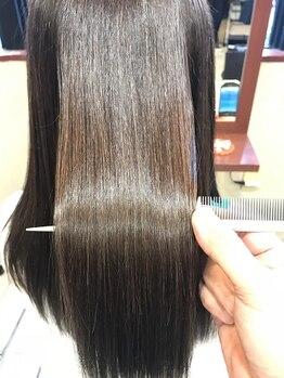 シュクル イスナーニ(しゅくる ithnani)の写真/自慢の薬剤を使用☆クセやうねりが気になる髪もお手入れが簡単に!自然なストレートヘアが叶う♪