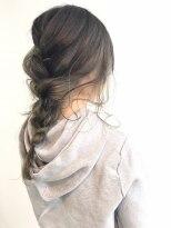 ヘアメイク オブジェ(hair make objet)グレージュインナーカラー アレンジVr KAI