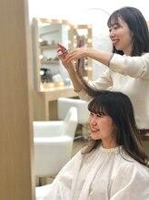 『お客様と一緒に理想のヘアスタイルを創り上げること』大人可愛いスタイルが人気【渋谷5つ星サロン】