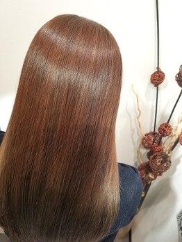"""シーニュ ヘアー デザイン(cygne hair design)の写真/ダメージレスなサラ艶ヘアを叶える≪輝髪ストレート≫で""""天使の輪""""が手に入るかも…♪"""