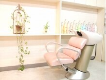 ビューティーワークスアロマ(Beauty works aroma)の雰囲気(ピンクが可愛いシャンプー台です☆)