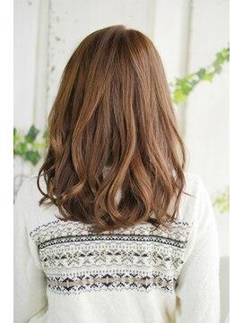シュシュット(chouchoute)美髪デジタルパーマ/バレイヤージュノーブル/クラシカルロブ/564