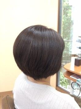 美容室 リセ(Rise)の写真/明るい色でも白髪をカバー!ダークカラーも軽く魅せる☆髪にやさしく根元からむらなく染めて透明感アップ♪