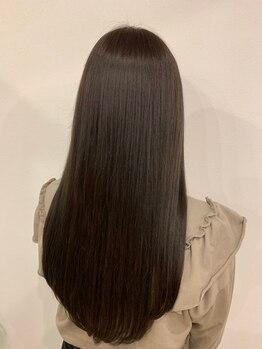 リエル(Liere)の写真/【憧れのストレートヘアを叶える☆】髪質改善トリートメントやカット技術でまとまりのある髪へ♪