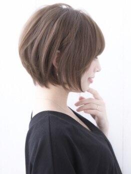 ヘアーデザイン キューブ(hair design cube)の写真/《三原/中之町》白髪染めでもナチュラルで明るい仕上がりに♪ハイライトでコントラストを付けて華やかに☆