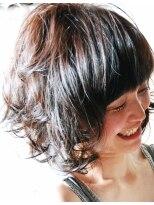 フォルカ ドゥ ヘアドレッシング(FORCA deux hairdressing)エアリーなショートボブスタイル