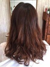 ヘア ガーデン モカ(hair garden moca)デジタルパーマでつくるふんわりルーズスタイル