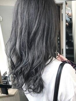 アムバイハーティエスト(AMME by HEARtiest)の写真/【NU茶屋町1分/!FLOWDIA取扱店】赤みを抑えてくれる旬のTHROWカラー。髪質改善チューニングで更に美しく―