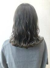 ヘアーポケット リタ(HAIR POCKET ritta)赤みを消したアッシュカラー