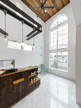 マハロ ヘア リゾート(MAHALO HAIR RESORT)の写真/【他では味わえない技術の高さに感動!】空気のきれいな、くつろぎ空間で贅沢なひと時×理想を叶えられる♪