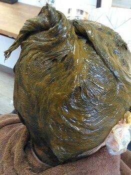 リットル(LITRE)の写真/【天然100%ヘナ/化学染料不使用/防腐剤不使用】髪や頭皮に優しく、白髪染めにもおすすめ!