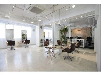 ヘアースタイリングサロン ライカ 戸越銀座店(Hair Styling Salon RAIKA)の写真