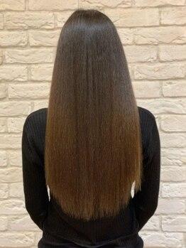 マインズシータの写真/クセや広がりなど髪質に悩む方のための<髪質改善トリートメント>取り扱いサロン★ホームケア付クーポンも◎