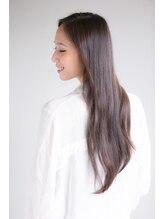 【半個室の贅沢スパにダメージ毛の髪質改善も...】大人女性の美髪を叶えるケア&スパメニューをご紹介♪