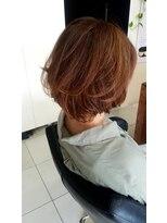 オッジヘアー(Oggi Hair)ショートボブカールスタイル