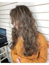 ビーヘアサロン(Beee hair salon)極上ハイライトカラー