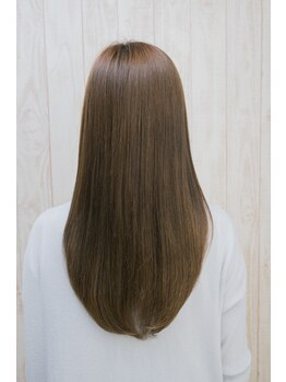 ヘアー デザイナーズ サロン アヴァンセ(HAIR DESIGNER'S SALON AVANCE)の写真/一人ひとりに適したヘアケアが出来るオージュアが大人気!環境を整え美髪になれる最高級のトリートメント♪