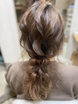 ヘアアンドメイクフリッシュ(HAIR&MAKE FRISCH)ヘアセット編みおろし
