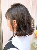 ヘアルーム アプローズ(Hair room Applause)外ハネ
