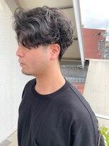 [OCEAN Hair&Life]センターパート/ウェーブパーマ/フェード