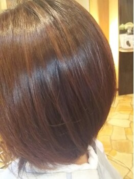美容室 髪物語の写真/【堺東駅スグ!】カラーをする度、質感が良くなる!縮毛矯正との同時施術でも、ツヤめく質感に。