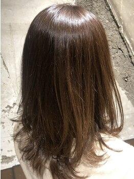 メイ(may)の写真/パサつきが気になる大人髪には天然由来成分94%配合のオーガニックカラーでしっかりケアしながらうる艶に♪