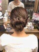 ヘアセットサロン アトリエ チャイ(Hair set salon atelier CHAI)きれいめアップスタイル